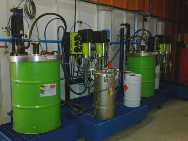 Electronic dosing machine PU3000 by SAMES KREMLIN
